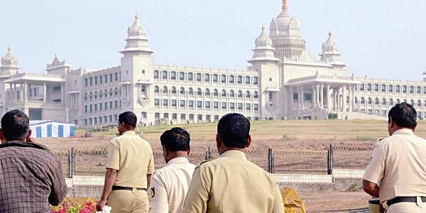 Preparations for the winter session are in full swing at Suvarna Vidhana Soudha in Belagavi on Saturday. The session begins on Monday. (Photo | EPS)