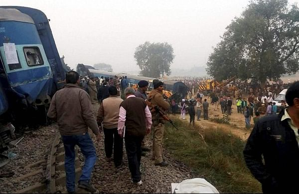 Over 100 killed, 76 seriously injured as Indore-Patna express train derails in Kanpur's Dehat district