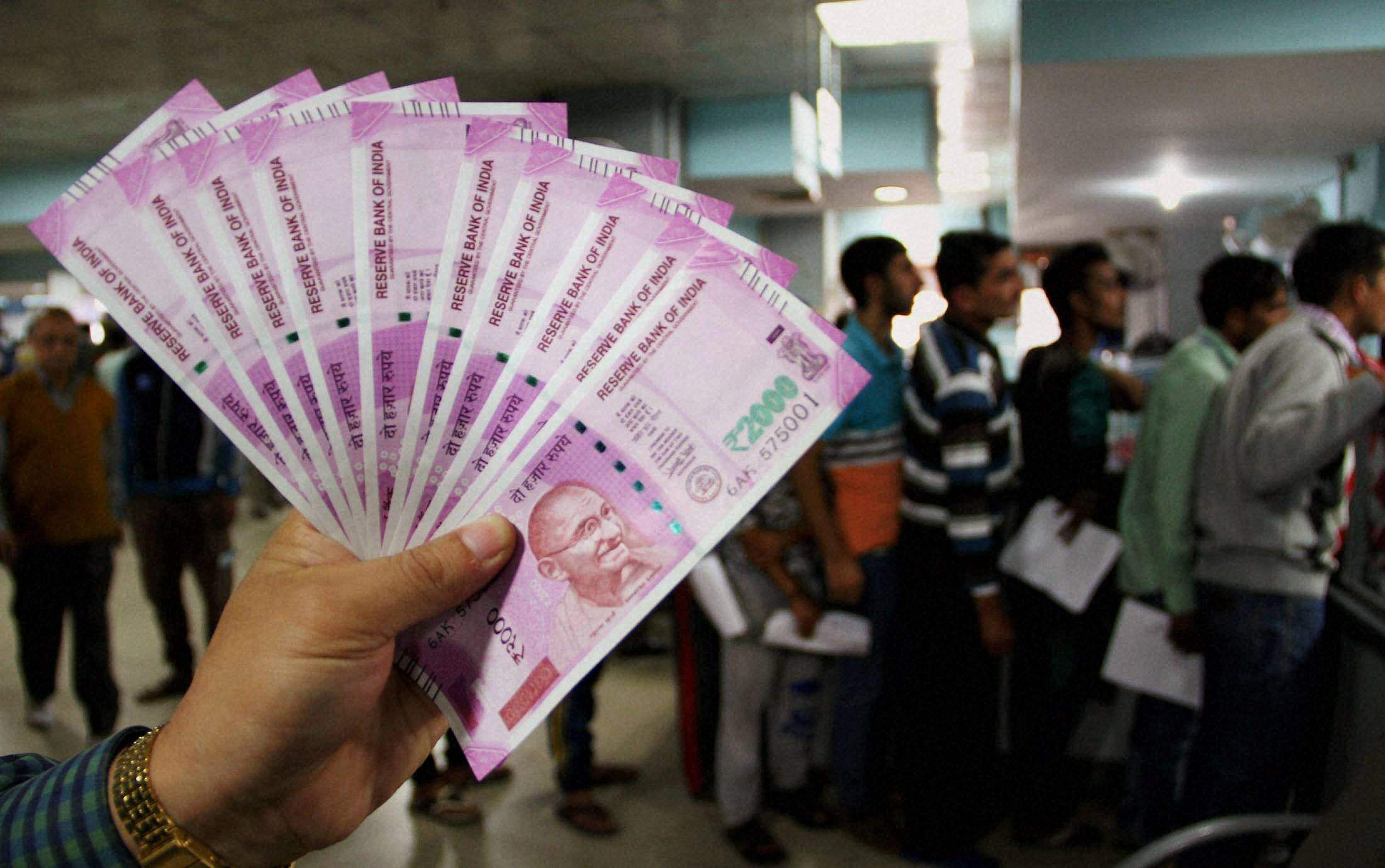 HC Seeks Clarification Over Devanagri Numerals In Rs 2000 Note