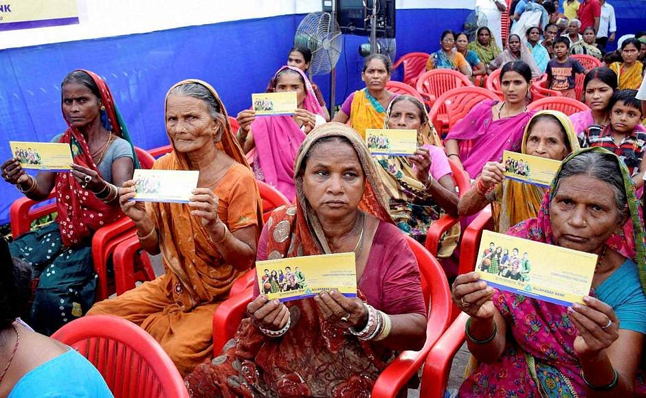 Jan Dhan account deposits rise to over Rs 64000 crore