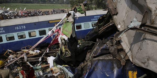 Kanpur train derailment2_AP