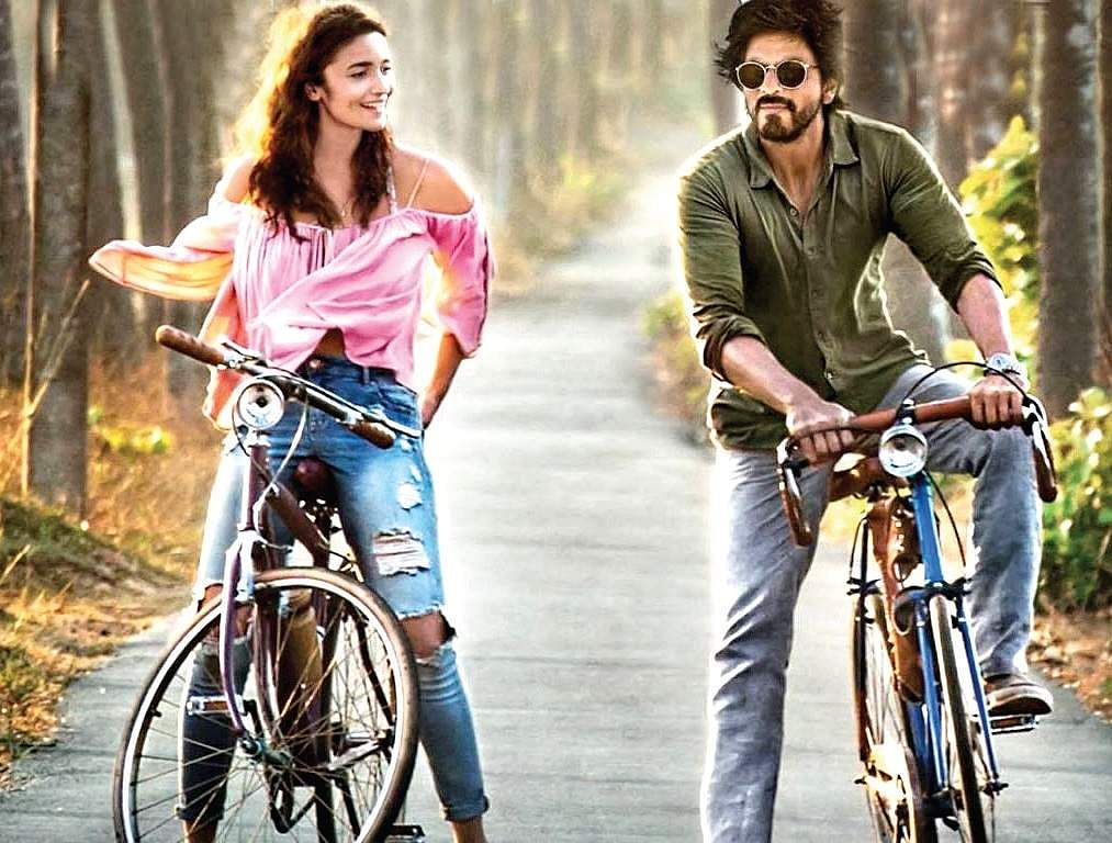 Shah Rukh Khan wants to do reverse Nishabd with Alia Bhatt!