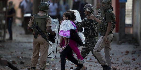 Kashmir protest AP2