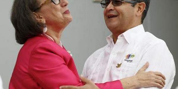 Honduras_president_AP
