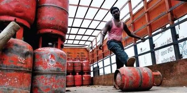 LPG cylinder prices hiked. (File photo)