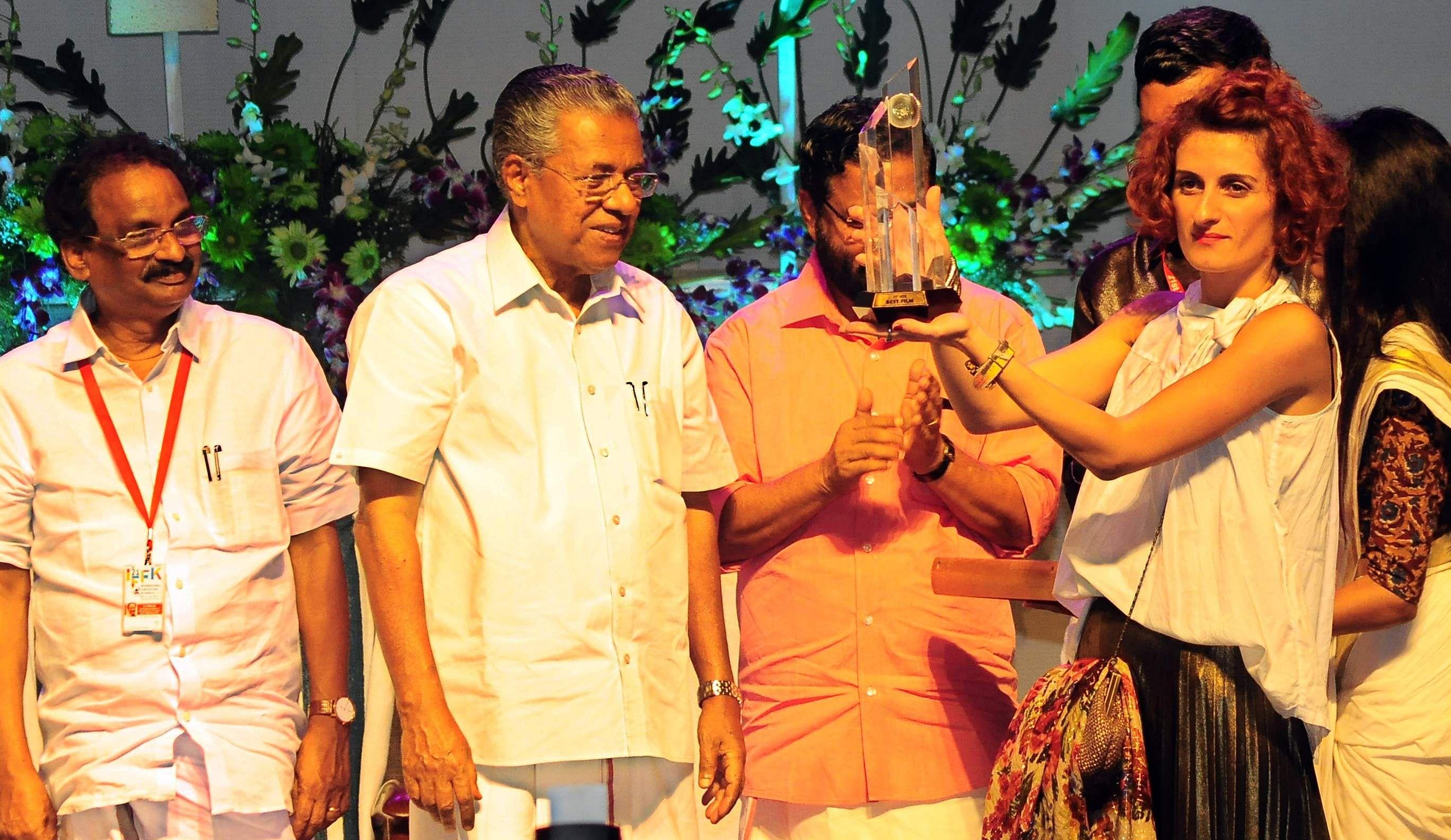 Suvarna Chakoram for Sta. Nina - The Hindu