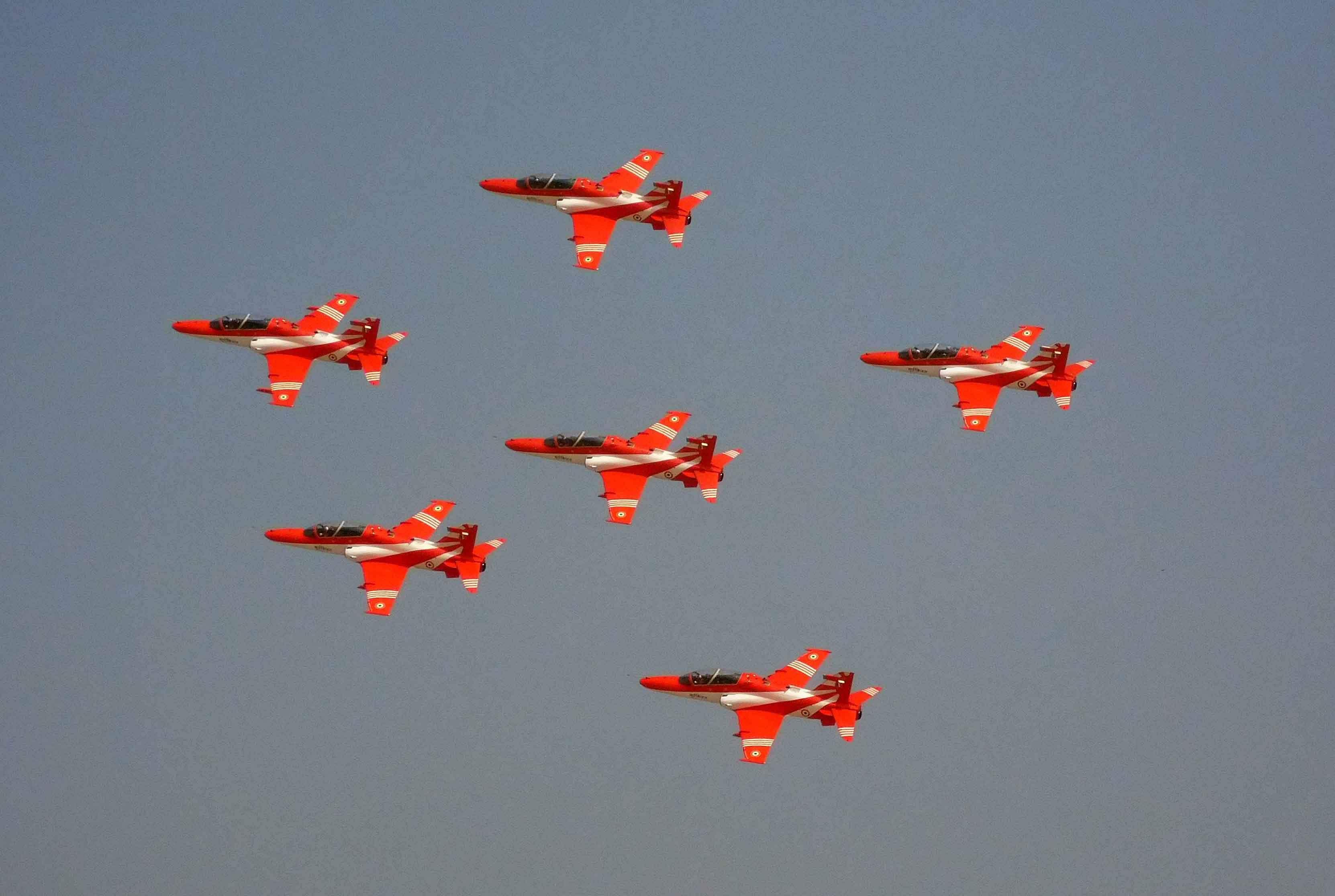 IAF displays Air Show in Cuttack to mark Biju Birth Centenary