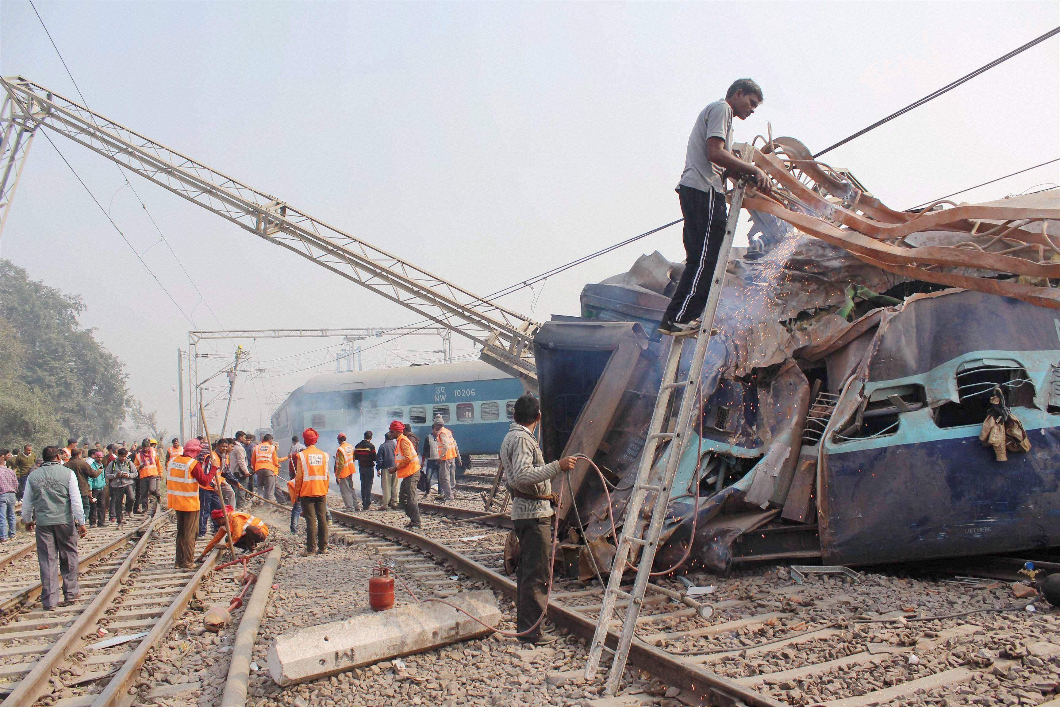 Ajmer-Sealdah Express-PTI