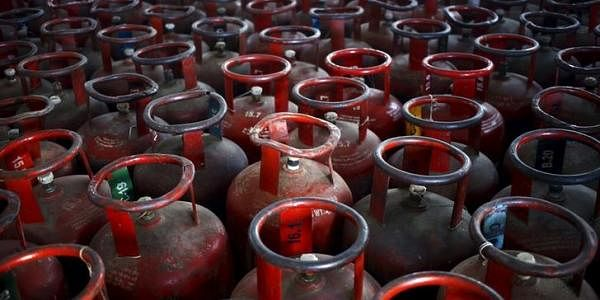 Mahanagar-Gas-reuters