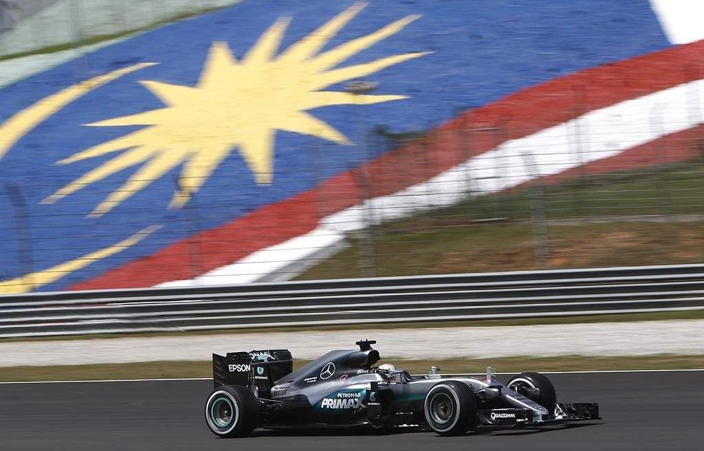 Malaysia_F1_GP_Auto_R_Seng_(1)
