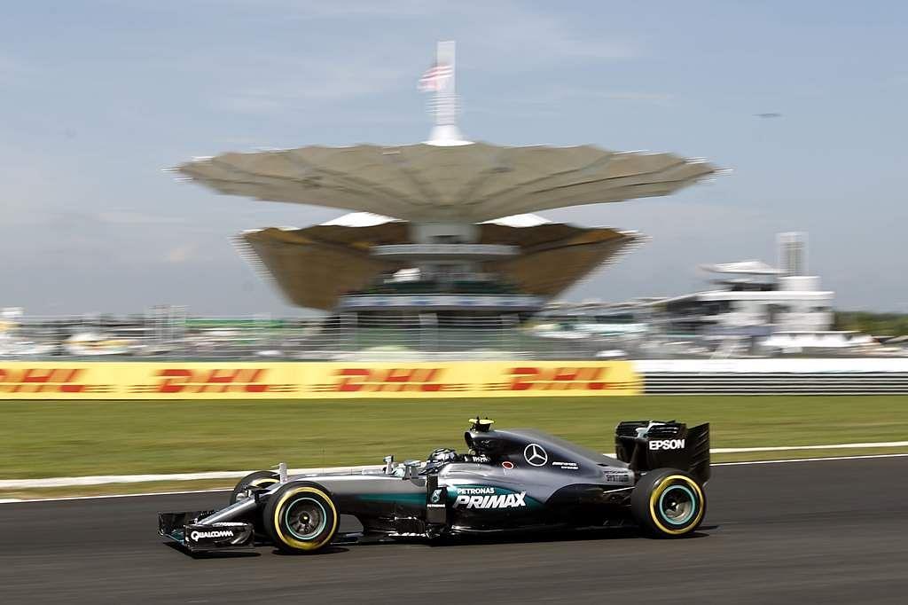 Malaysia_F1_GP_Auto_R_Seng_(9)