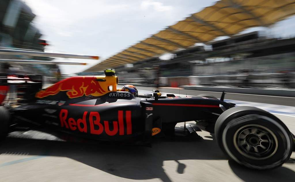 Malaysia_F1_GP_Auto_R_Seng_(7)