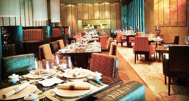 Service charge by hotels/restaurants not mandatory