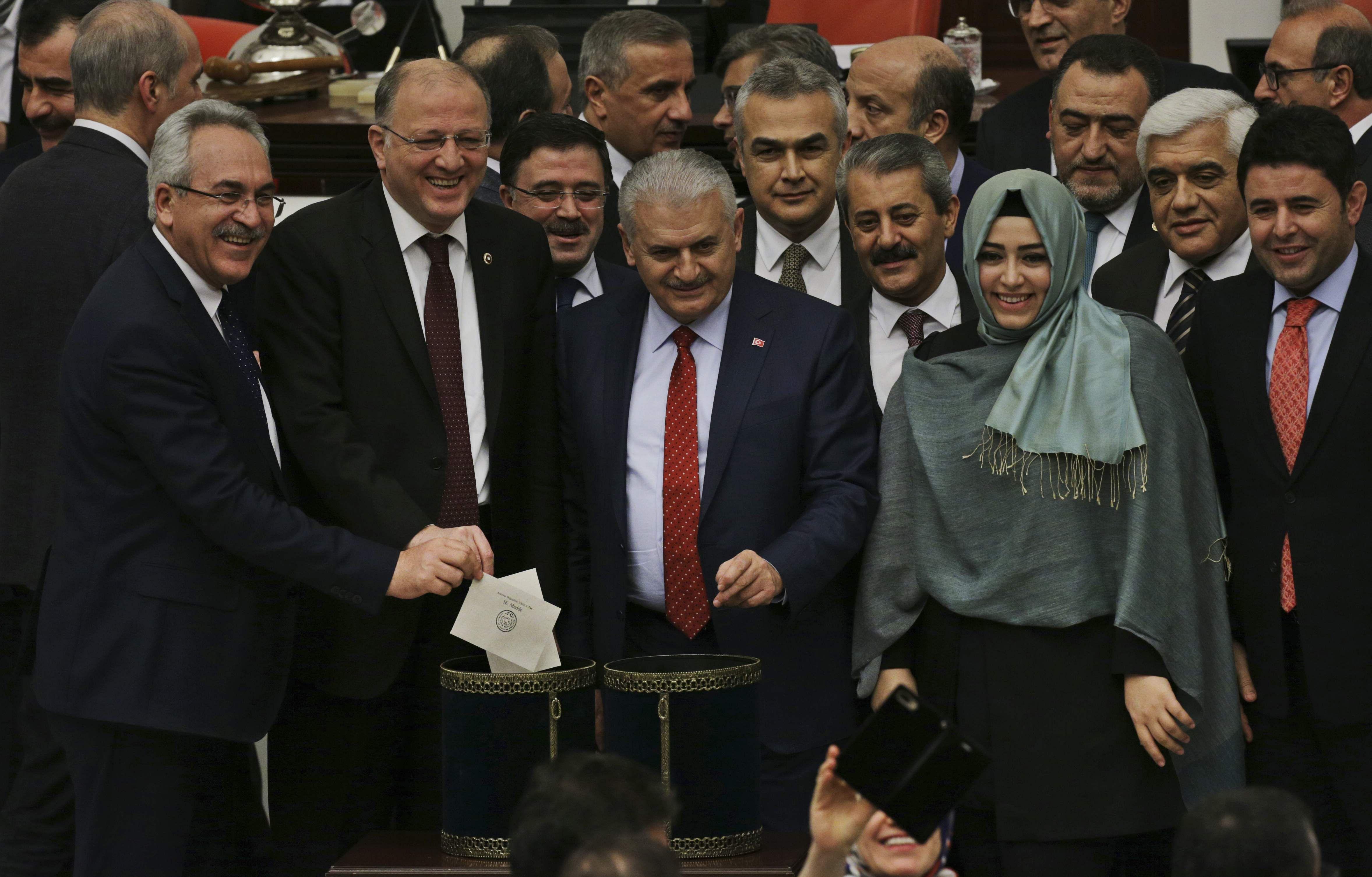 Turkey parliament backs bill that expands Erdogan's power