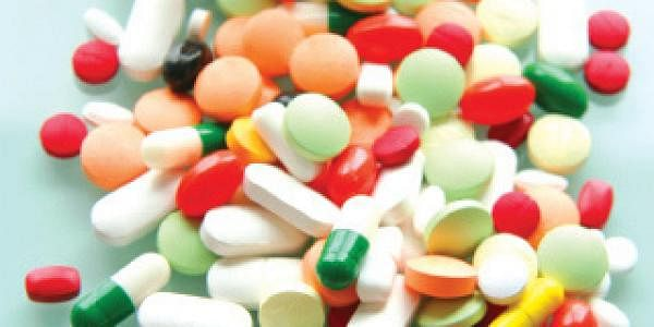 Online sale of medicines permitted under present law: Centre