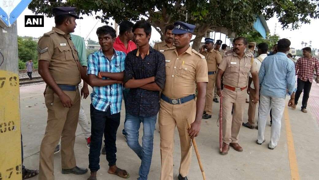 Students brandish knives on a local train in Chennai, four arrested