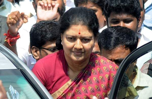 Sasikala returns to jail after her five day parole ends