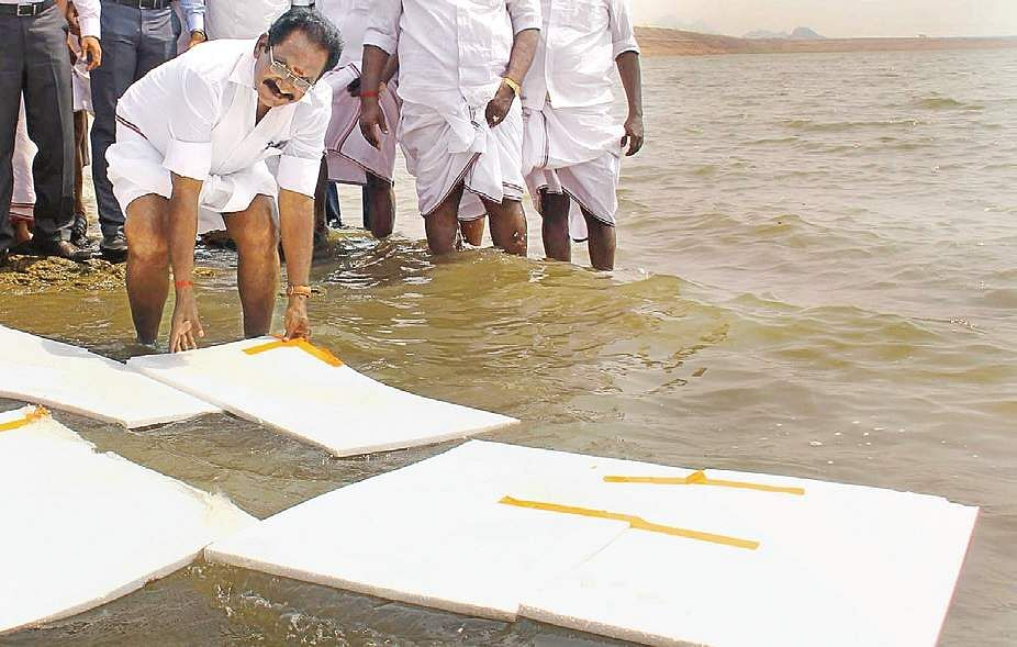 Tamil Nadu minister Sellur K Raju with thermocol sheets to prevent evaporation from Vaigai Dam. (File |  Express Photo Service)