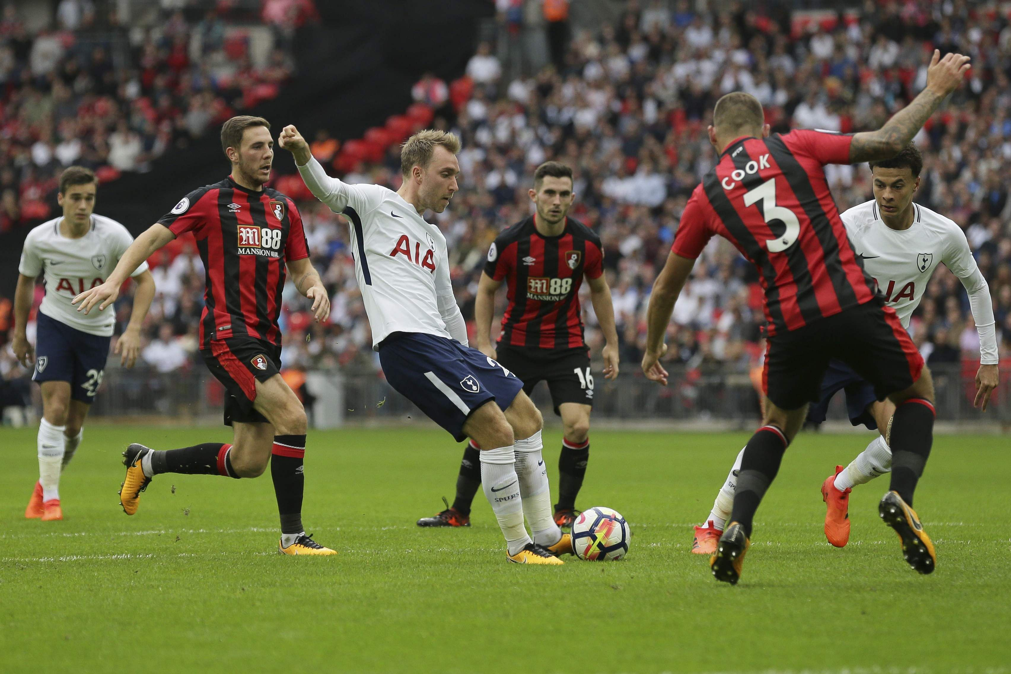 Christian Eriksen strike s Tottenham first EPL victory at