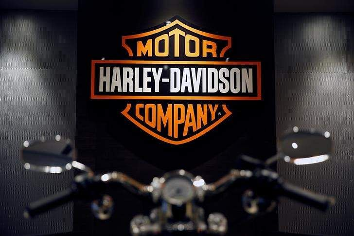 Harley-Davidson Q3 Income Retreats 40%