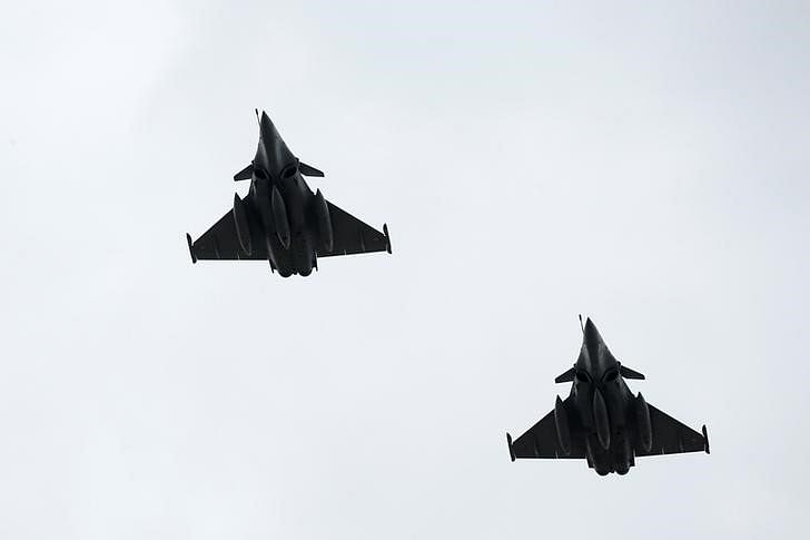 Congress alleges scam in Rafale deal, BJP trashes charge