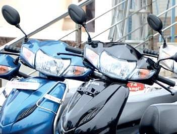 100 Cc Bike Ban Two Wheeler Sales Take A Hit The New Indian Express