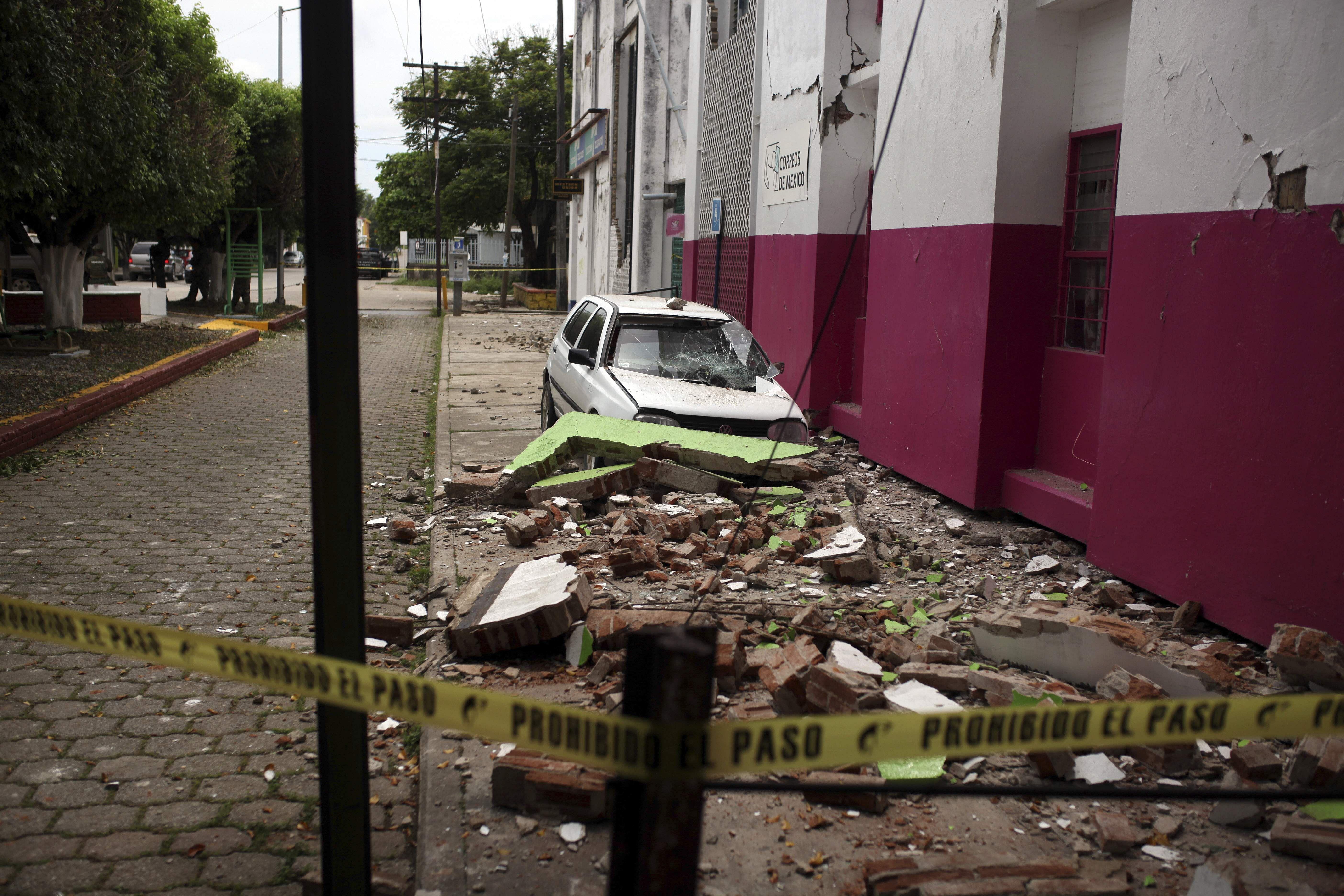 Mexico_Earthquake_Bask_(9)