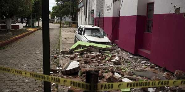 Mexico_Earthquake_Bask_(9)