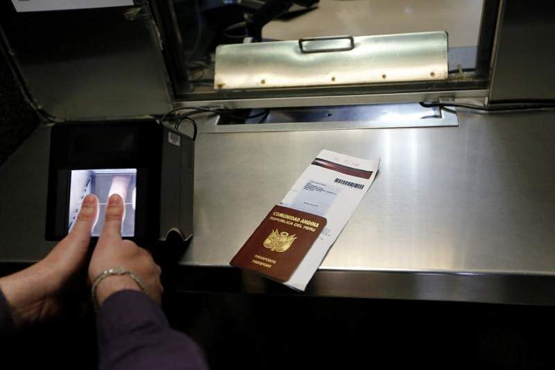 USA stops non-immigrant visa services in Turkey, citing security