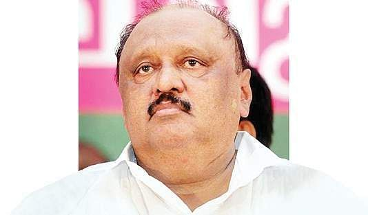 Quit or face force, VS warns Thomas Chandy