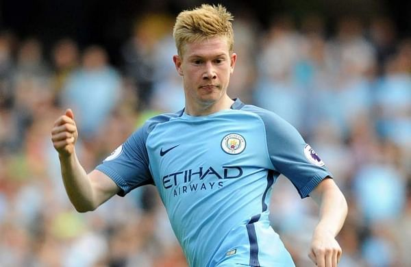 Kevin De Bruyne signs new five-year deal at Manchester ...