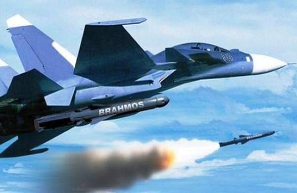 Defence sources said the BrahMos Aerospace had to reduce the weight of the air version of the missile to 2.4 tonne as it is to be launched from a moving platform unlike its land and navy versions.