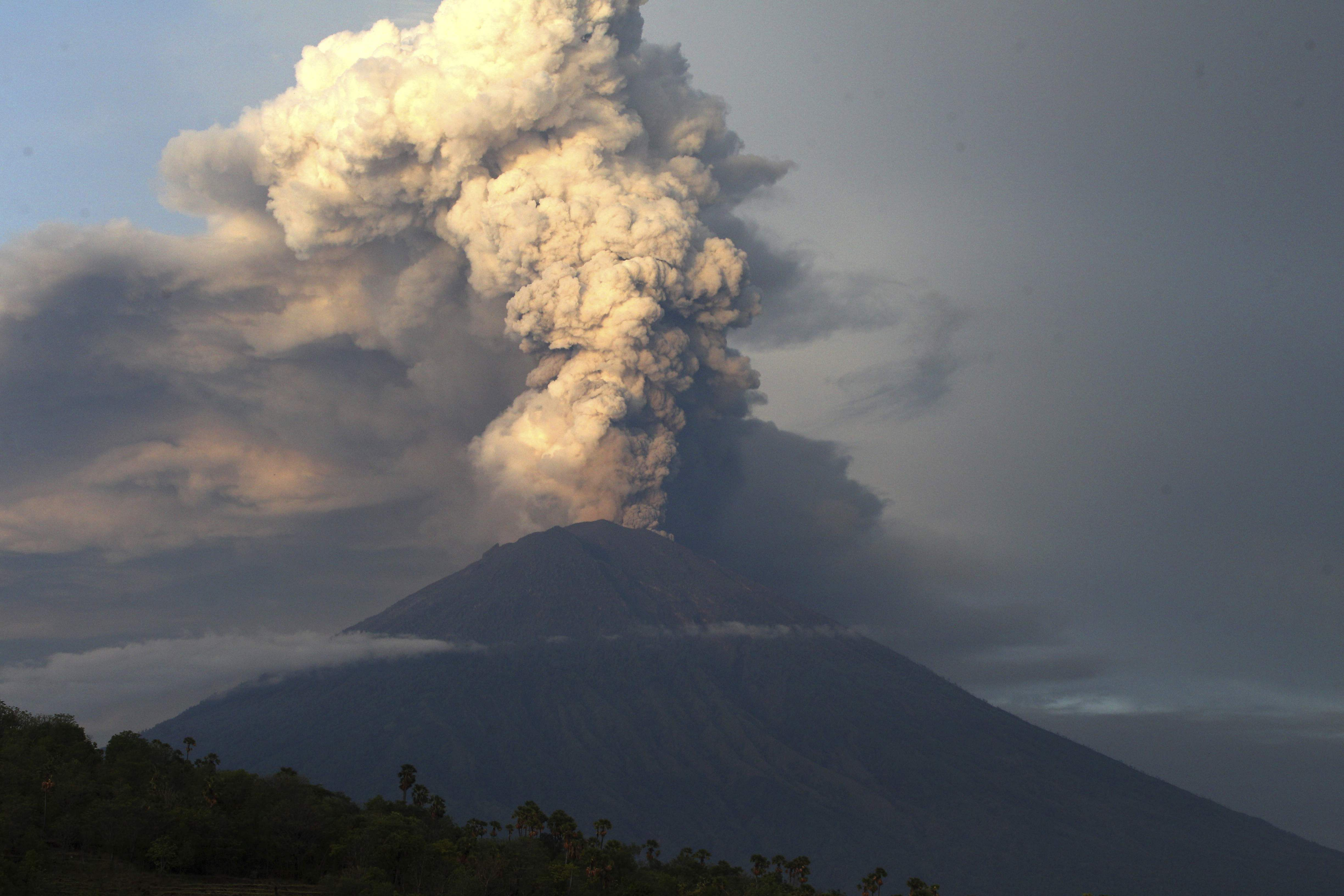 The volcano with a deadly history on Indonesia's Bali, one of the world's most popular resort islands, has spewed ash 7,600 meters (4.7 miles) high.|AP