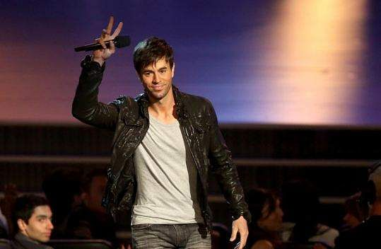 Enrique Iglesias & Anna Kournikova Secretly Welcome Twins