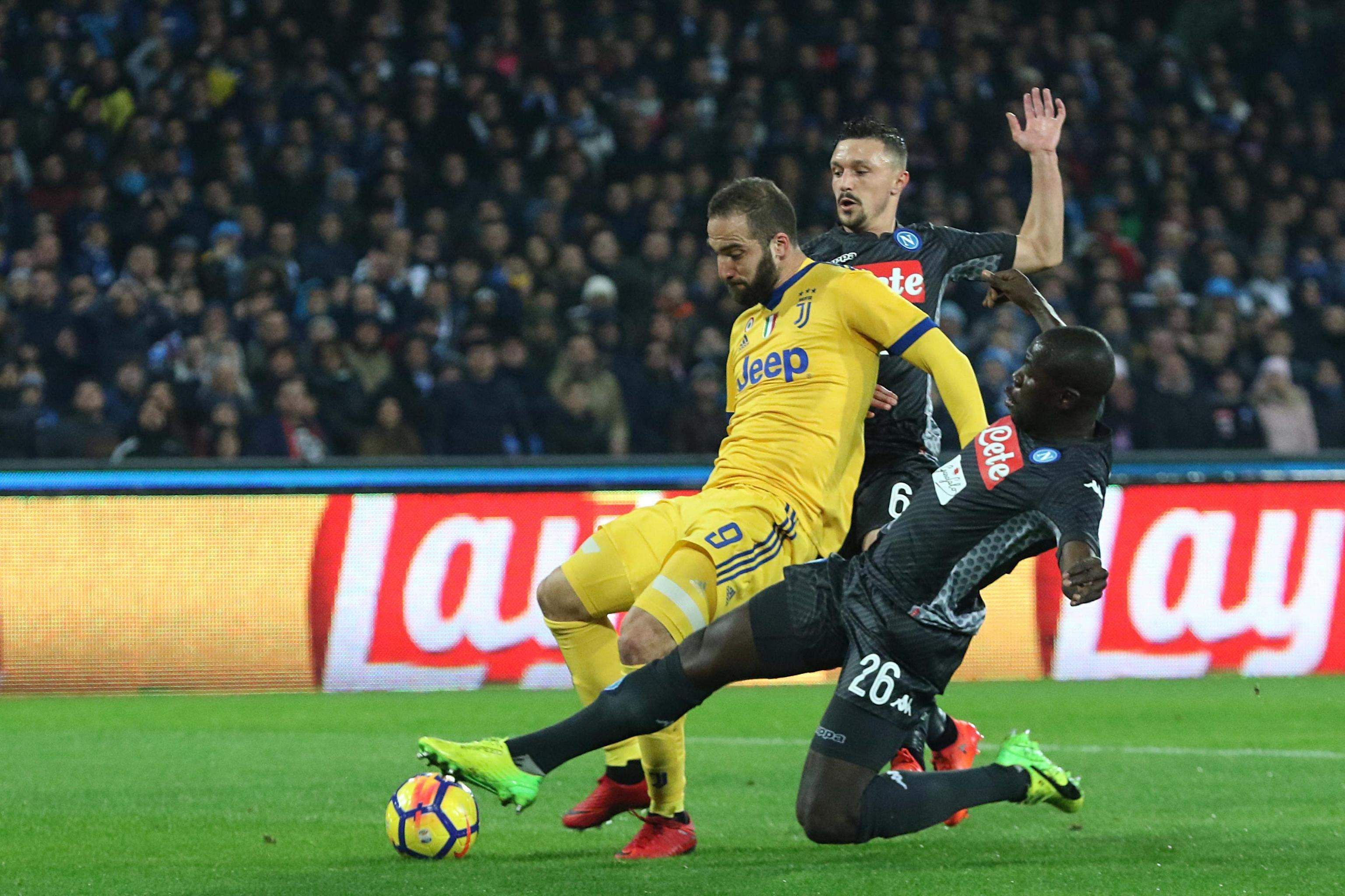 Gonzalo Higuain punishes former club as Juventus wins 1-0 ...