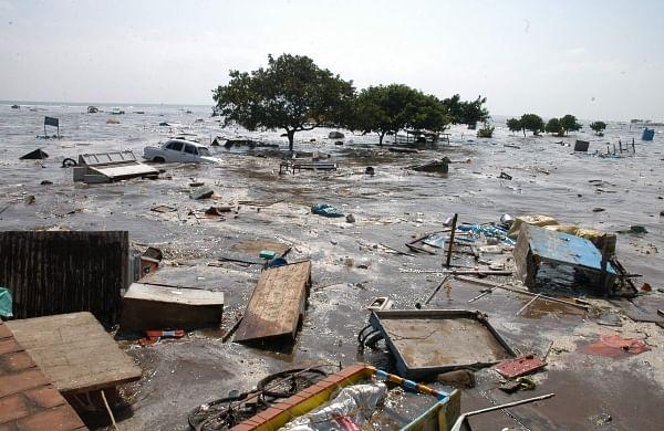 Tamil Nadu remembers 2004 tsunami victims- The New Indian ...