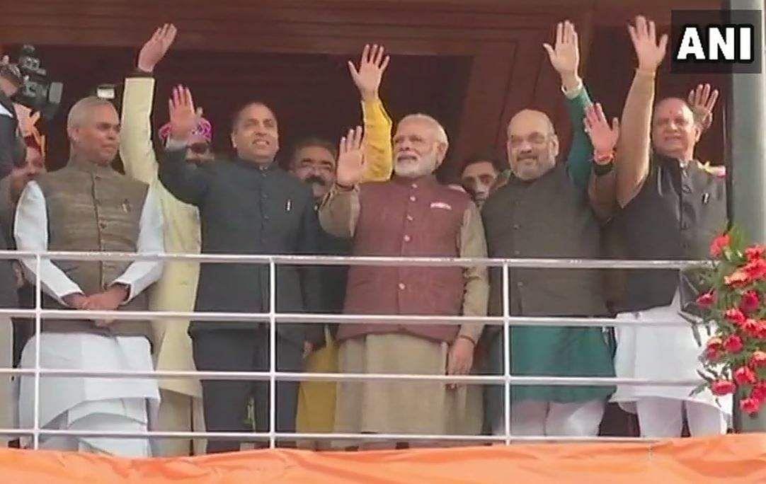 Jai Ram Thakur takes oath as Himachal CM