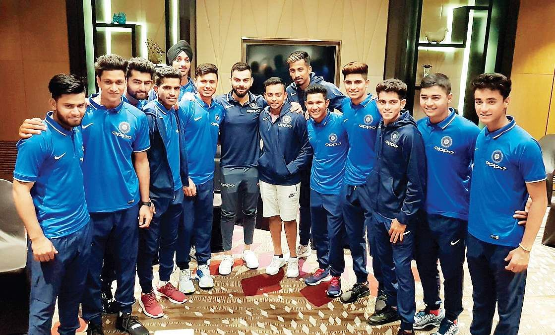 Indian Cricket Team Leaves For South Africa: It's Time For Africa: Indian Cricket Team Sets Sight On