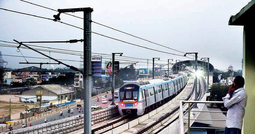 Panic prevailed at Ameerpet Metro Rail Station