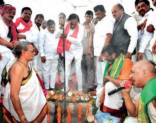Telangana CM K Chandrashekhar Rao lays foundation stone for Golla Kurma Bhavans
