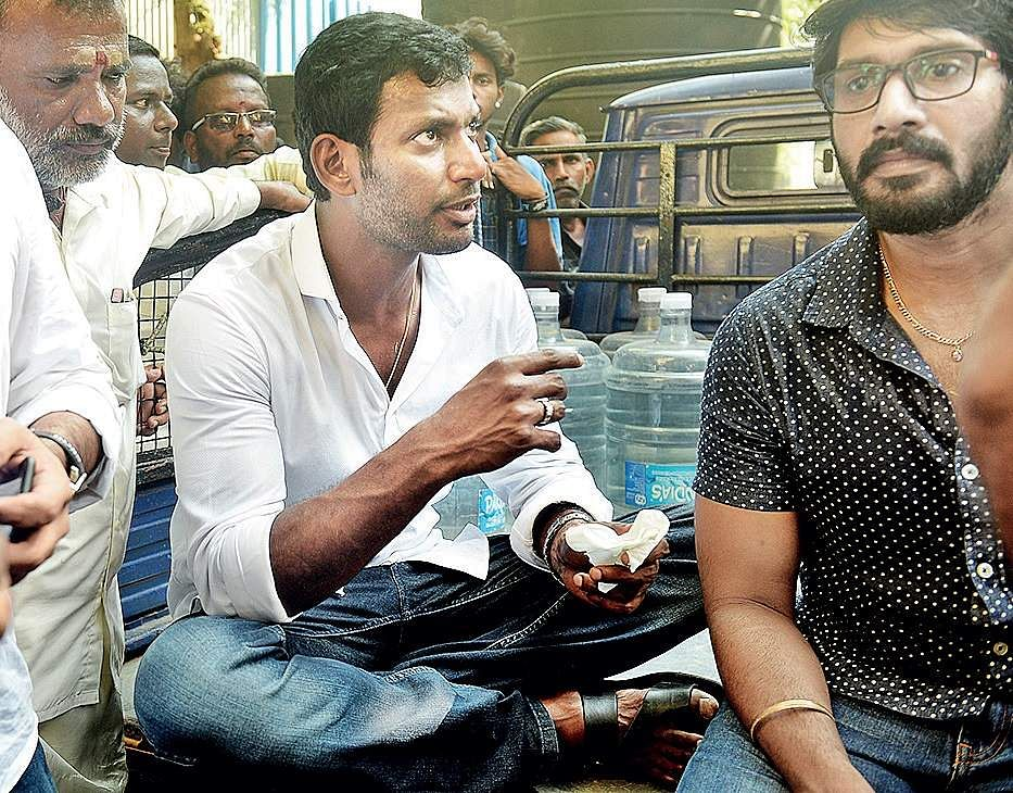 RK Nagar Bypoll : Actor Vishal Nomination Rejected again by EC