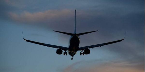 plane, airport, landing, pixabay