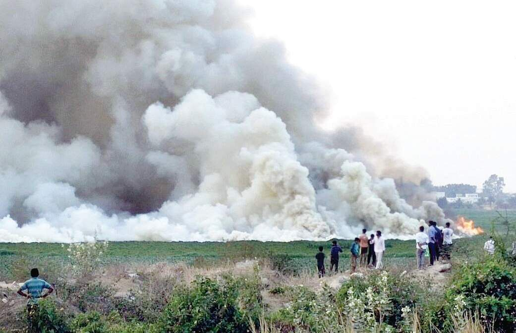 Bengaluru's Bellandur lake catches fire again because of illegal debris dumping