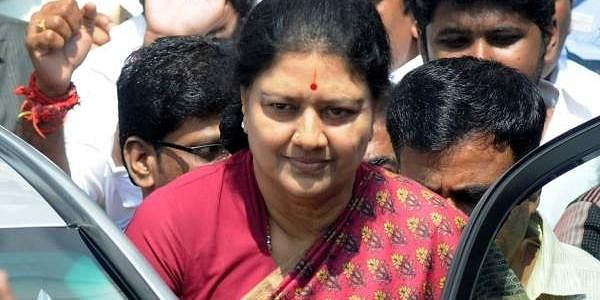 Election Commission issues notice Sasikala on her election ...