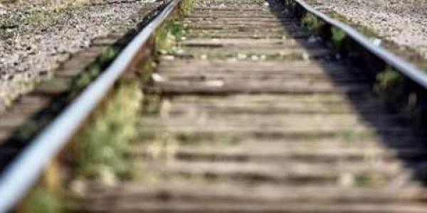 Traintracks, trains