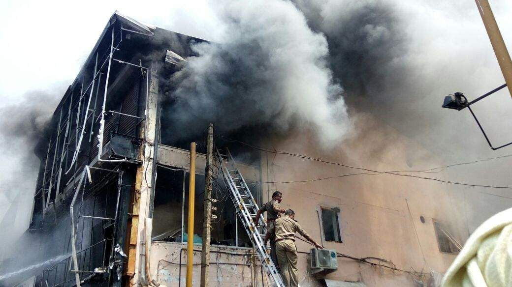 15 shops gutted as fire breaks out at SM street market