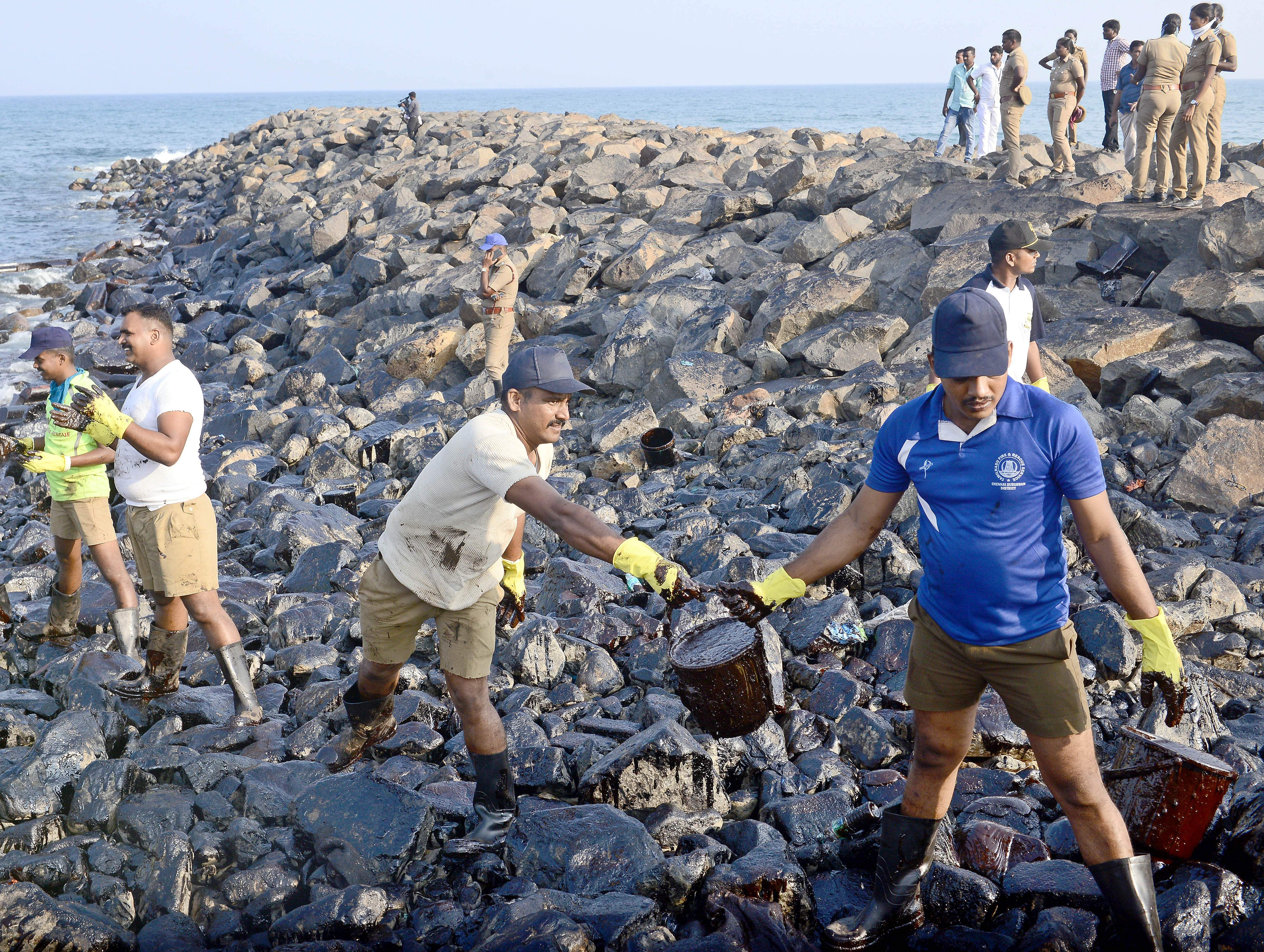 How do oil spills affect people?
