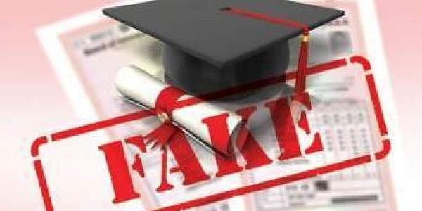 Fake_degree
