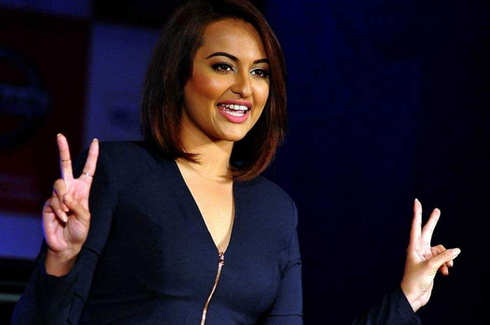 Sonakshi Sinha all set to perform at Justin Bieber's 'Purpose' India gig