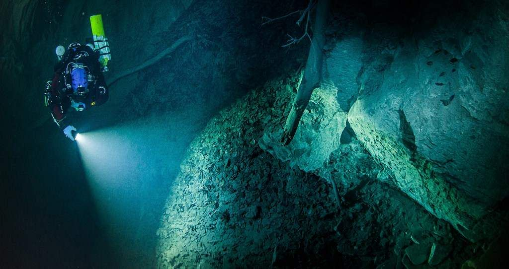 Image result for chinese archaeologists discover huge underwater treasure
